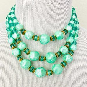 Vintage 1960s Nearly Neon Seafoam Bead Necklace